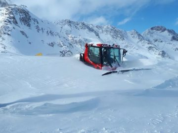 More than 100 Ski Areas Already Open For 19-20 Worldwide As Base Depths Reach 3m/10 Feet in Europe
